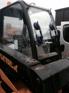 windscreens Coventry windscreen replacement plant and agricultural windscreens Coventry JCB 2