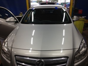 Windscreens Leamington Spa Vauxhall Insignia windscreen replacement Leamington Spa
