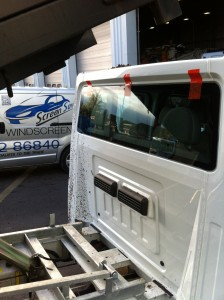 Windscreens Coventry Commercial Vehicle windscreens Coventry Ford Transit Crew Cab 3